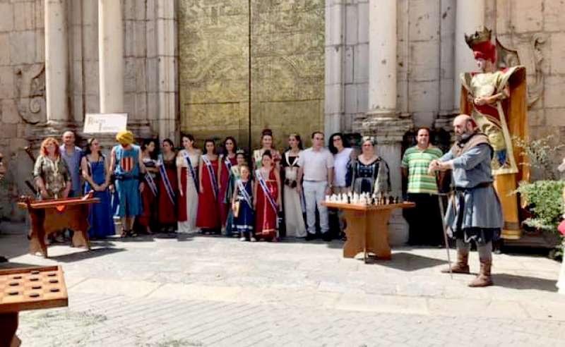 La comitiva municipal en la inauguración