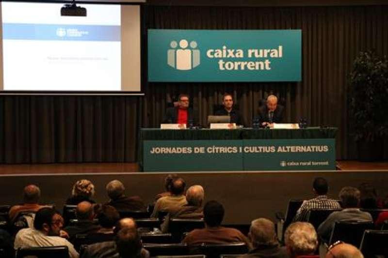 Charla sobre agricultura. EPDA