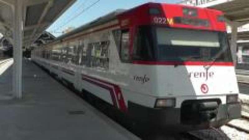 Alzira ofrece ayudas al transporte escolar