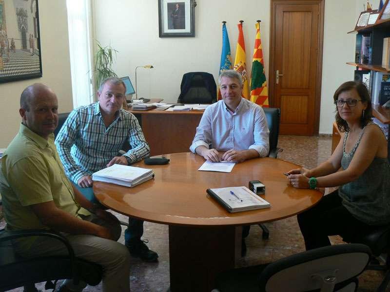 Imatge de la reunió del signament de l