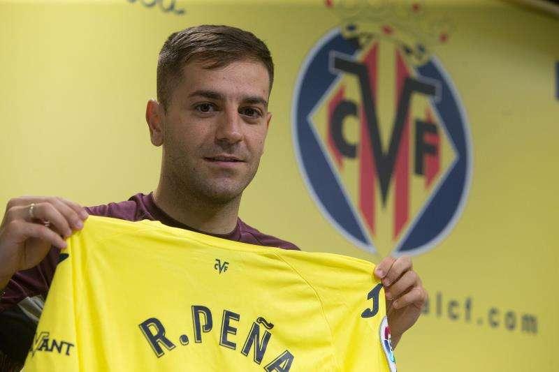El lateral derecho, Rubén Peña, durante su presentación como nuevo jugador del Villarreal. EFE/ Archivo