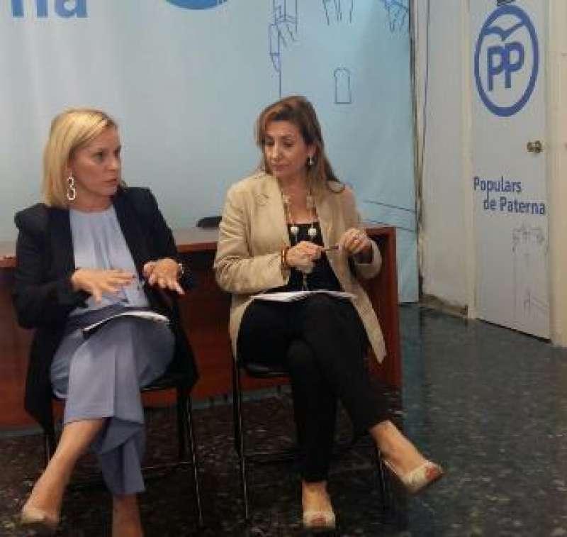 Mari Carmen Contelles y María Villajos en Paterna. EPDA