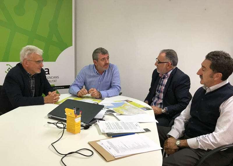 Pep Carreres, Josep Bort i Maximiliano Cuevas durant la reunió de treball. EPDA
