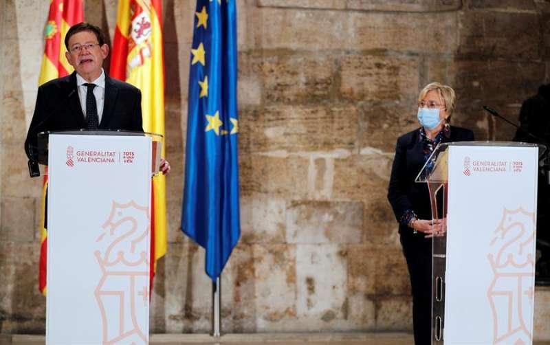 Ximo Puig y Ana Barceló en una imagen de archivo. EPDA