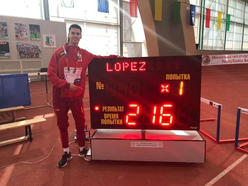 Pablo López, atleta del Club de Torrent.