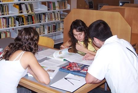 Biblioteca Municipal de la Pobla de Vallbona. Foto EPDA