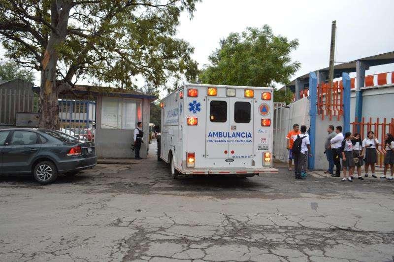 Una ambulancia realiza un servicio en un estado de México. EFE/Archivo