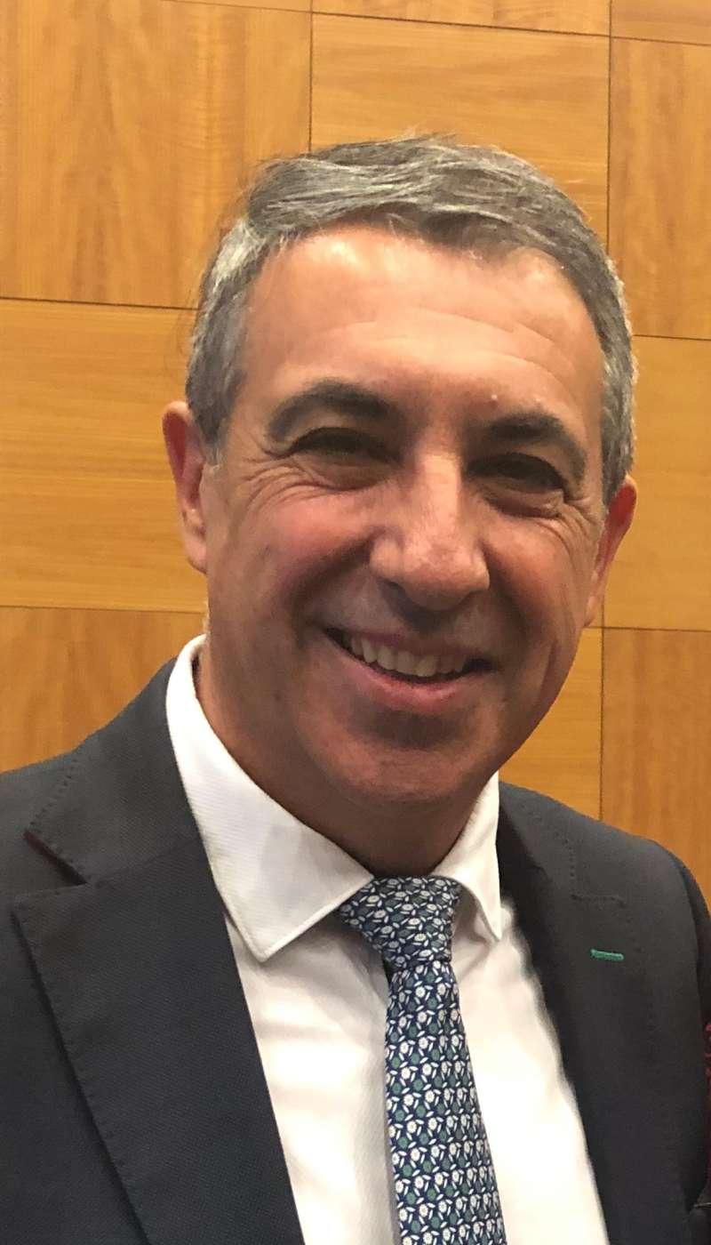 Vicente J. García Nebot -EPDA