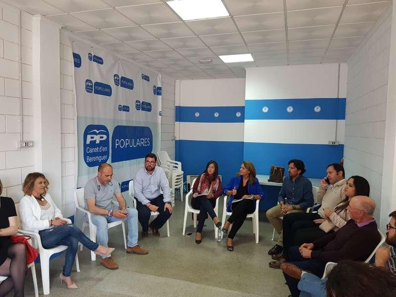 Belén Hoyo y Susana Camarero han explicado los PGE en Canet.