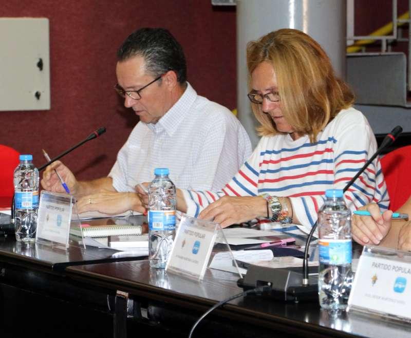 Miembros del PP de Bétera en el pleno del Ayuntamiento. //EPDA
