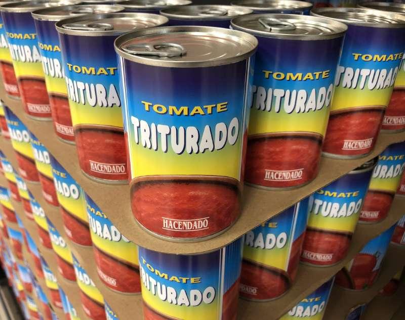 Conservas de tomate, en el lineal de Mercadona./EPDA