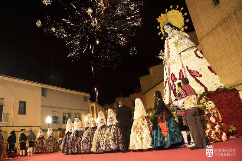 Ofrenda de Fallas en Torrent. EPDA