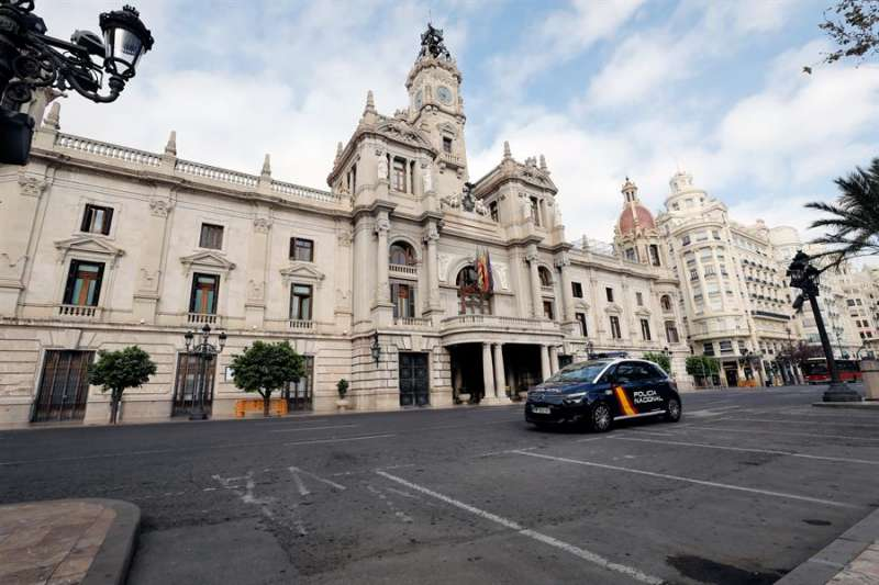Imagen de la fachada del Ayuntamiento de Valéncia. EFE