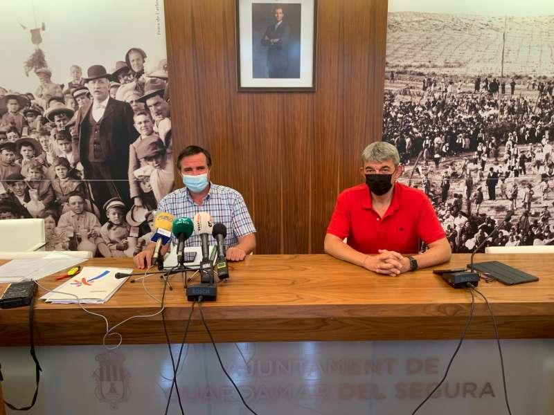 El director general de Turisme, Herick Campos, visita los municipios de Guardamar del Segura y Torrevieja. / EPDA