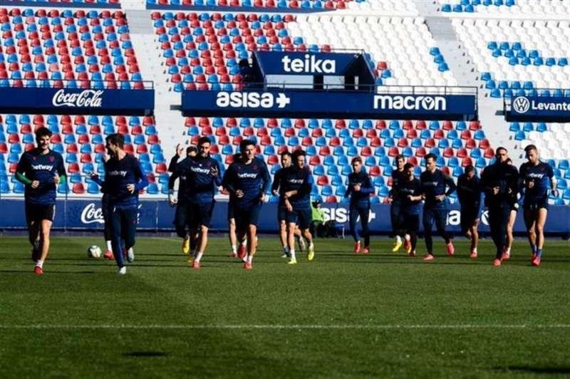Imagen del entrenamiento del Levante UD compartida en redes sociales por el club.
