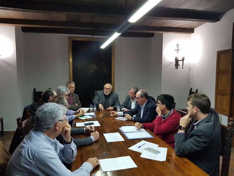Reunión de representantes del Ayuntamiento de Sagunt con los de la Conselleria de Agricultura en el Consell Agrari. EPDA