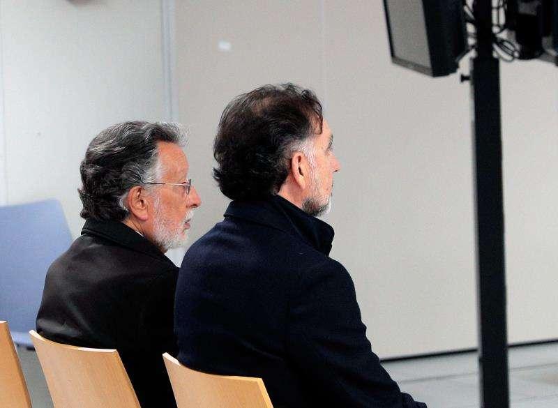 El exvicealcalde de Valencia Alfonso Grau  junto al empresario Urbano Catalán EFE