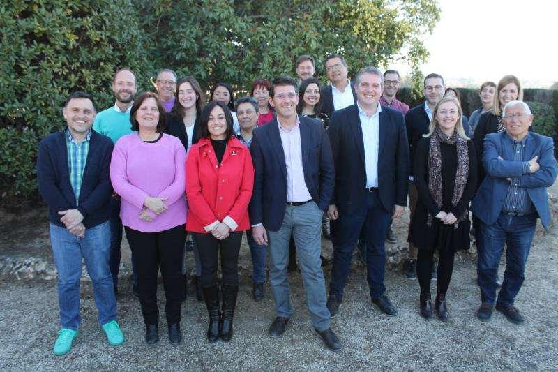 Imagen de la candidatura municipal del PSPV-PSOE de Ontinyent encabeza Jorge Rodríguez. EFE/PSPV de Ontinyent