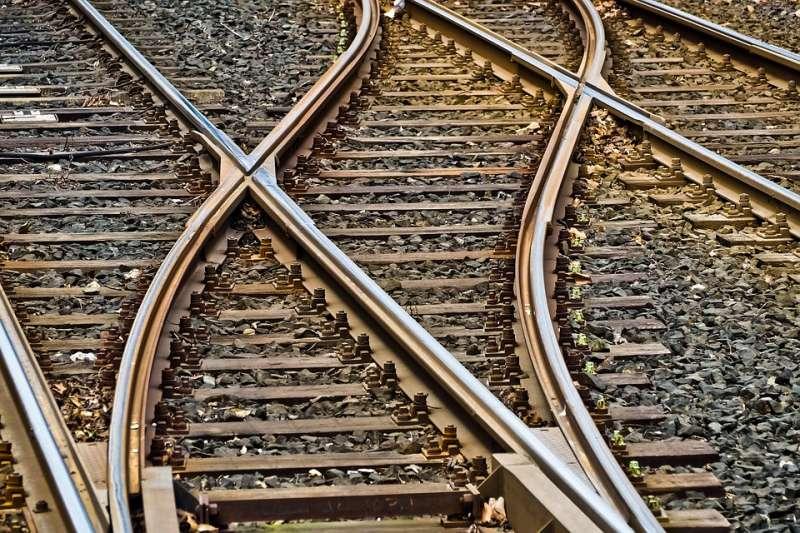 Se facilitará la compra de billetes para viajar en trenes Ave y de larga y media distancia.
