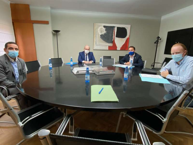 Reunión de Sergio Toledo y APECC