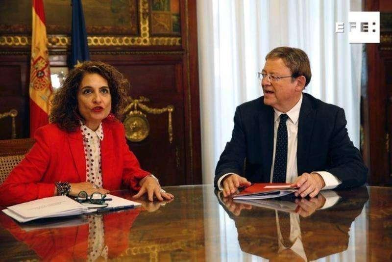 La ministra de Hacienda en funciones, María Jesús Montero, durante su encuentro este lunes en el Ministerio de Hacienda con el presidente de la Generalitat Valenciana, Ximo Puig, para tratar temas de financiación autonómica.