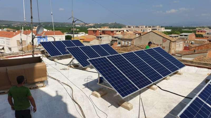Placas fotovoltaicas./EPDA