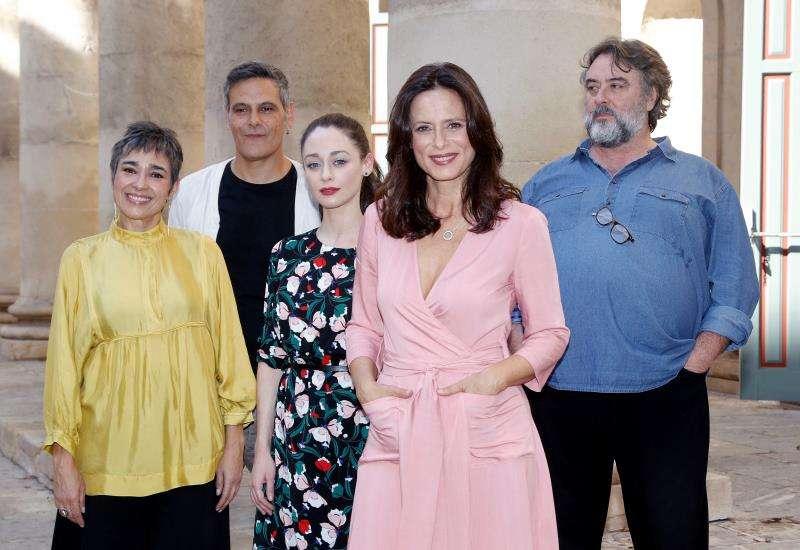 El elenco artístico de