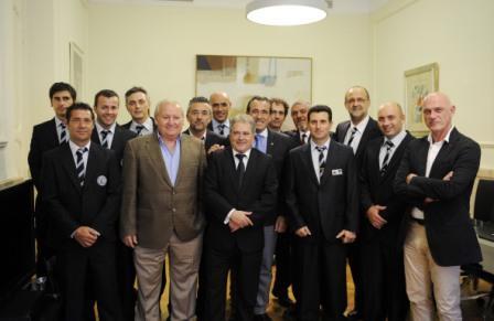 El presidente de la Diputación de Valencia recibe al equipo subcampeón del VIII Encuentro Nacional de Excarcelación. Foto EPDA
