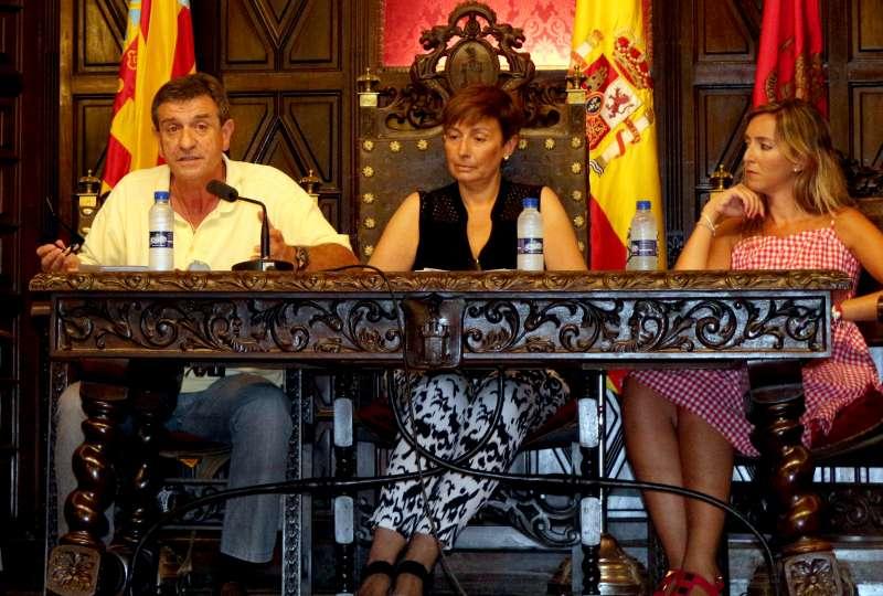 Hervás defendió la petición del Grupo Popular