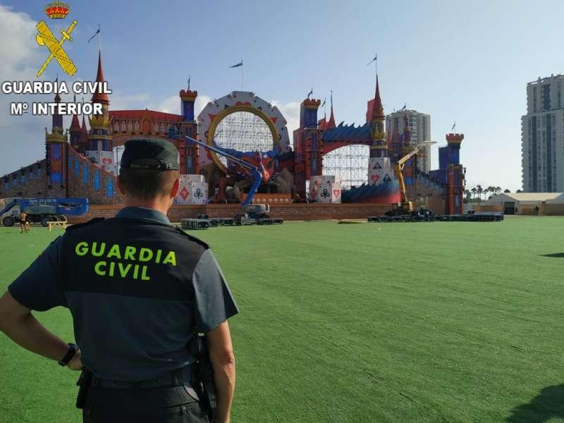 Guardia Civil durante la celebración del Medusa Sunbeach Festival de Cullera. EPDA