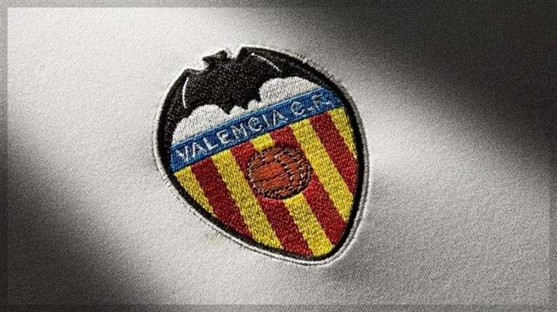 Escudo del Valencia CF, encabezamiento del comunicado oficial