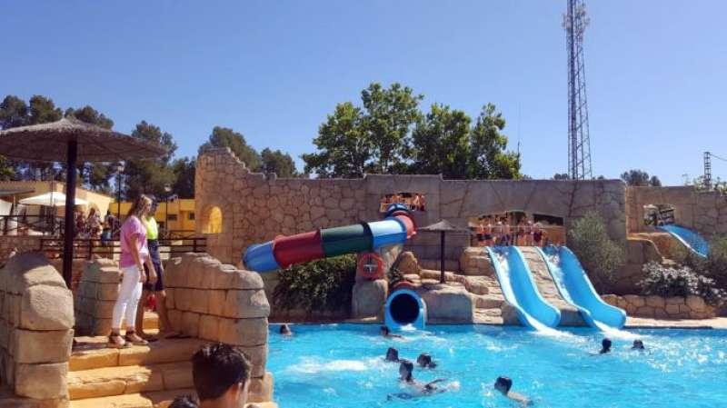 Más bañistas en Segorbe a pesar del reto viral