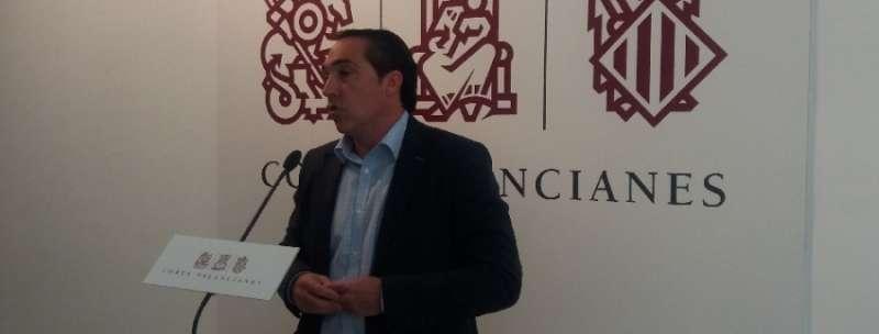El portavoz de Economía del Grupo Parlamentario Popular en Les Corts, Rubén Ibáñez