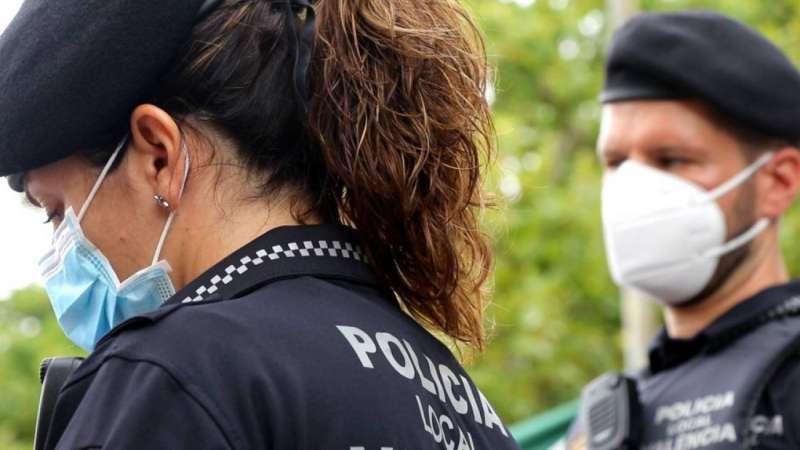 Agentes de la Unidad de Convivencia UCOS de la PLV / Ayuntamiento de València