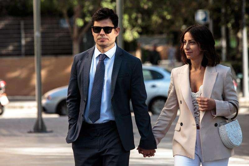 En la imagen, Sánchez-Santos, a su llegada la Ciudad de la Justicia de València. EFE