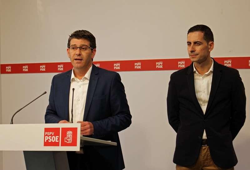 Rodríguez y Bielsa, en rueda de prensa. EPDA