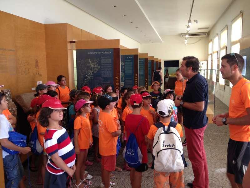 Escolares de visita al Museo del Mar de Peñíscola.