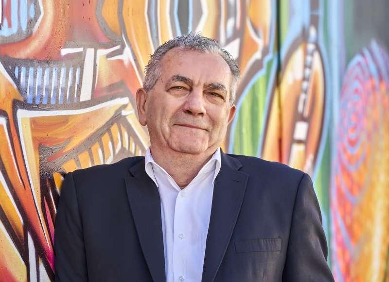 Carlos Bosch.