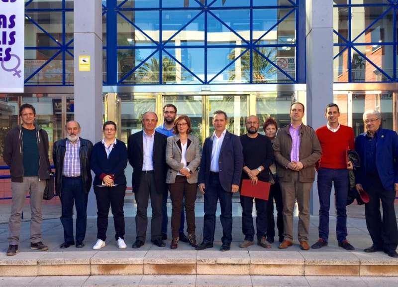 Los alcaldes que piden la llegada de la C-3 a la provincia de Valencia. //EPDA