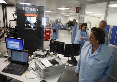 Rita Barberá en las instalaciones de la Agencia Espacial Europea