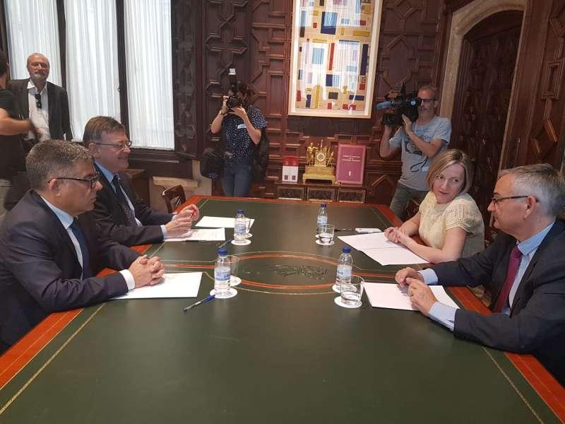 Reunión de trabajo entre el delegado del Gobierno, , el president de la Generalitat Valenciana y la consellera de Vivienda, Obras Públicas y Vertebración del Territorio.
