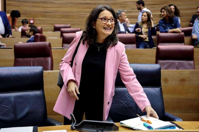 La vicepresidenta y consellera de Igualdad, Mónica Oltra, durante un pleno de Les Corts Valencianes. EFE