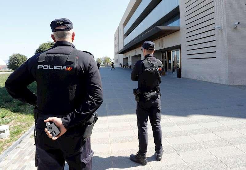Entrada de la Audiencia de Castellón. EFE/ Domenech Castelló/Archivo