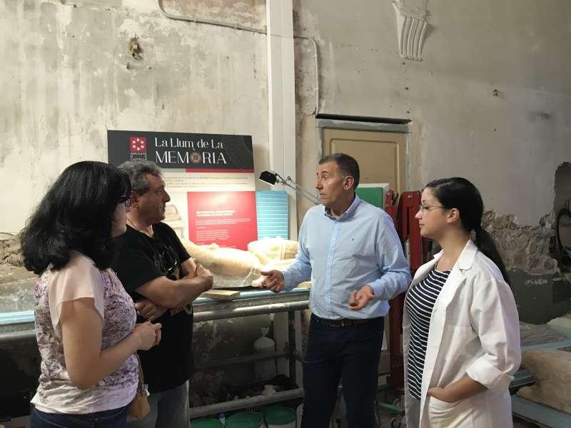 Sales ha visitado hoy los trabajos de restauración del sarcófago