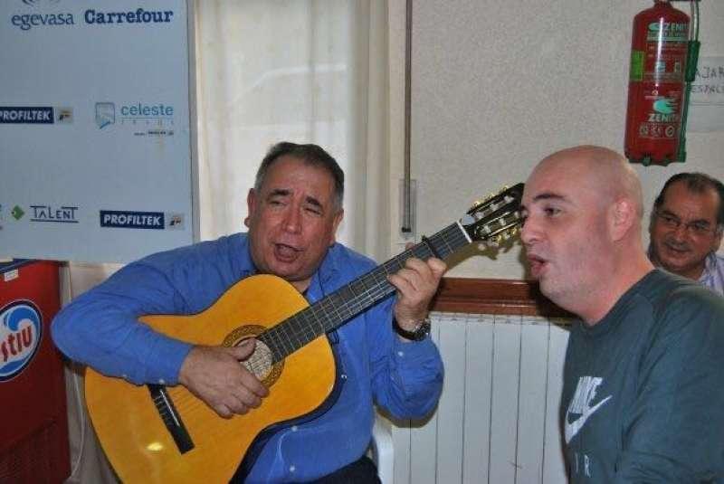 Sancho tocando la guitarra. FOTO EPDA