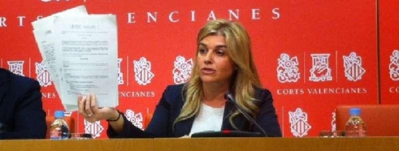 La secretaria general del PPCV en rueda de prensa. EPDA