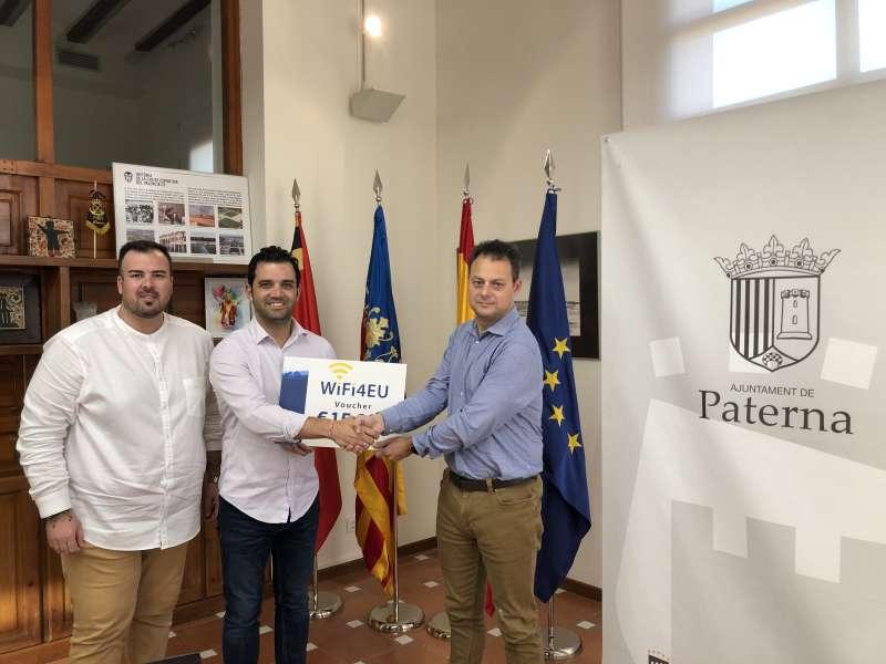 Ayuda de la Unión Europea a Paterna para mejorar la red wifi municipal. EPDA