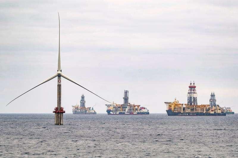 Imagen de un turbina eólica marina. EFE/Archivo