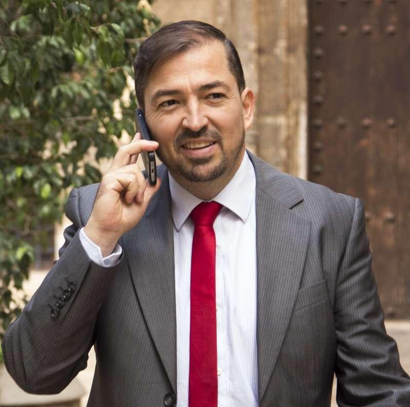 Pere Valenciano, Director del grupo El Periódico de Aquí