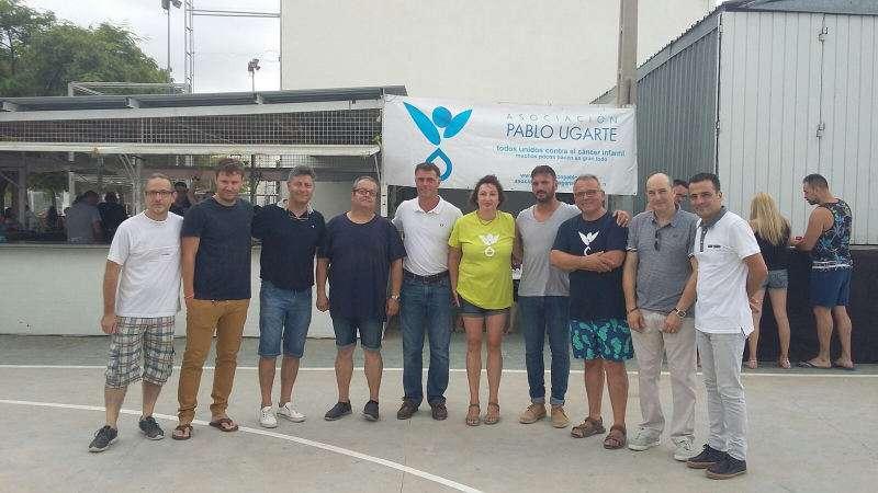 Concejales de Torrent en las fiestas de urbanizaciones. EPDA